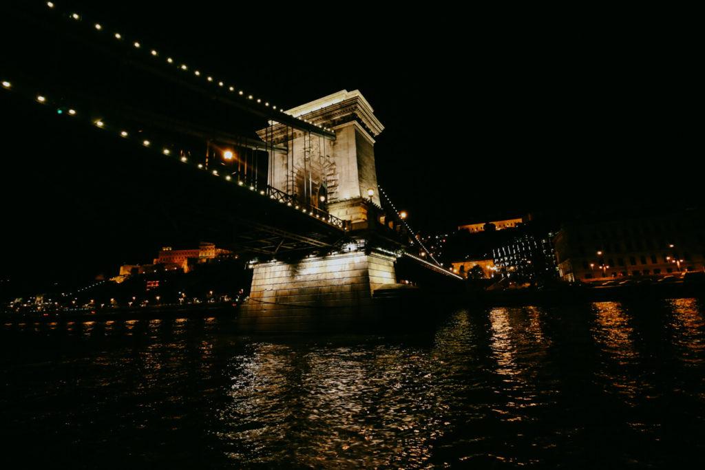 rejs po Dunajcu nocą